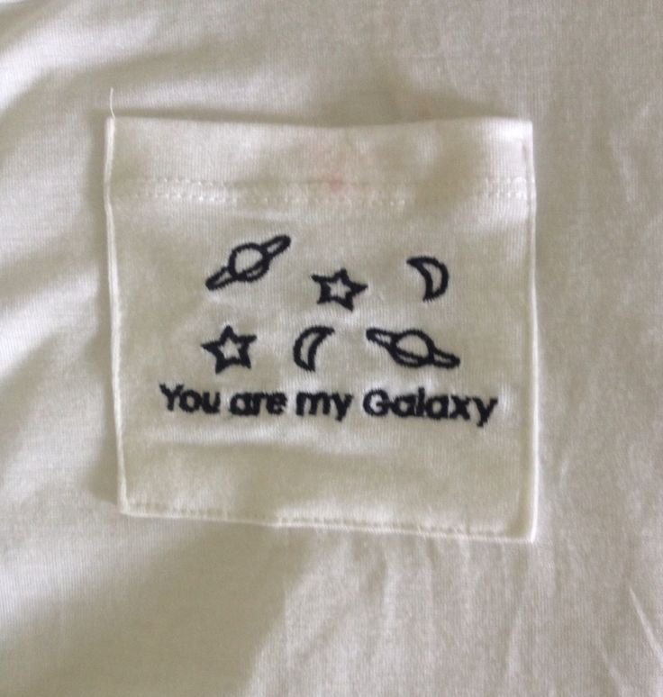 my friend has this shirt & I think it's so cute as;dlhjkdlkjsl;sh;dhjgs I want it