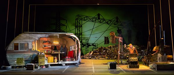 Siegfried. Washington National Opera. Scenic design by Michael Yeargan.
