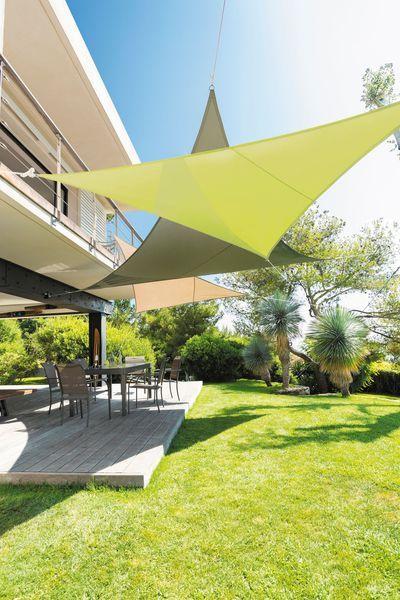 Les 25 meilleures id es de la cat gorie les voiles d 39 ombrage solaire sur - Parasol castorama jardin ...