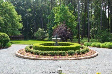 Driveway Roundabout Fountain