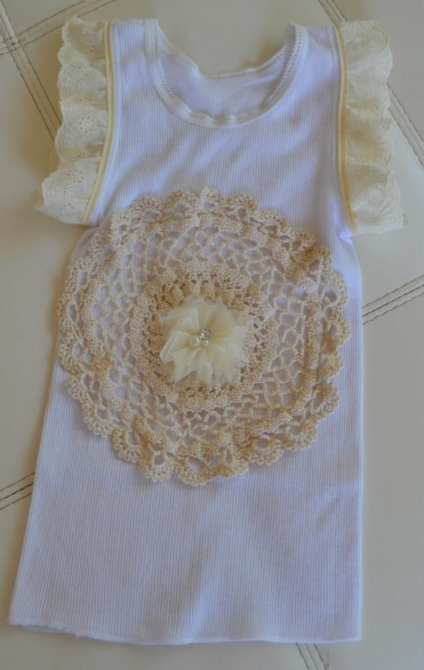 Lace Decorated Baby Singlets