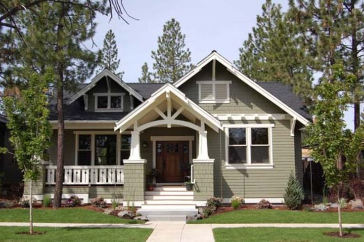 Craftsman Style House Plan - 3 Beds 2 Baths 1749 Sq/Ft Plan #434-17 Exterior - Front Elevation - Houseplans.com