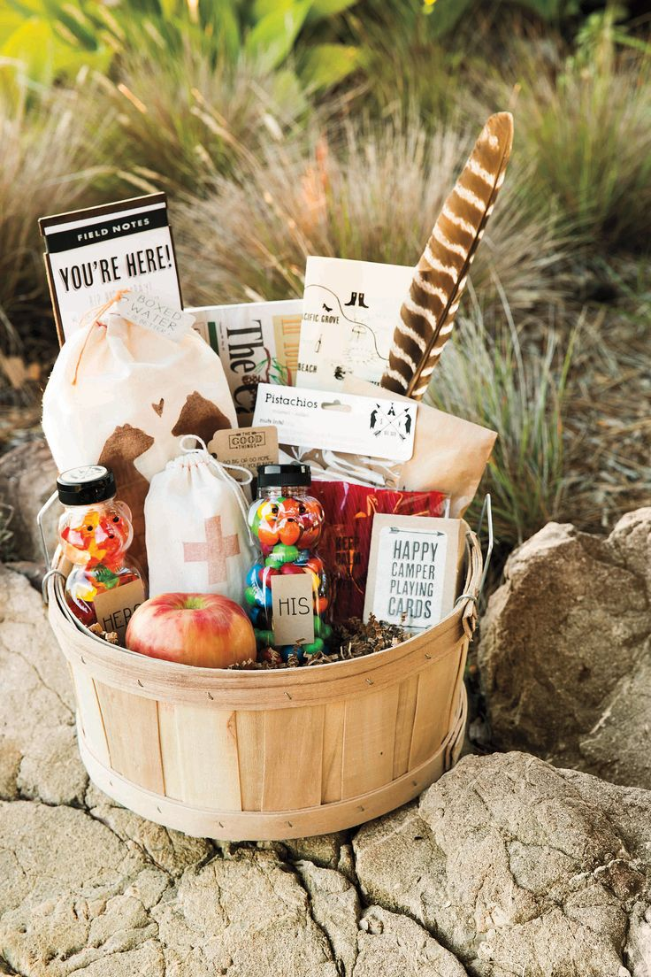Snack-filled welcome baskets: Photo by Erin Kunkel