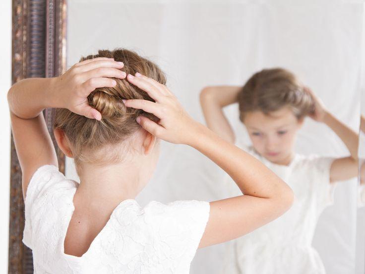 Feestelijke kinderkapsels voor de meisjes