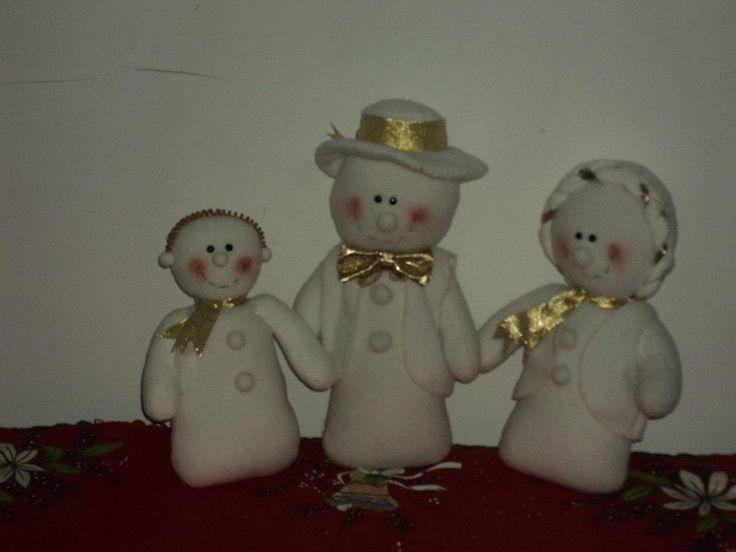 familia de nieve navidad