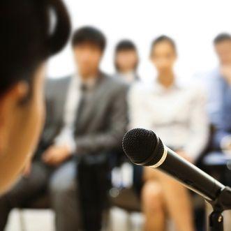 4 Qualities of Amazing Public Speakers   The Muse
