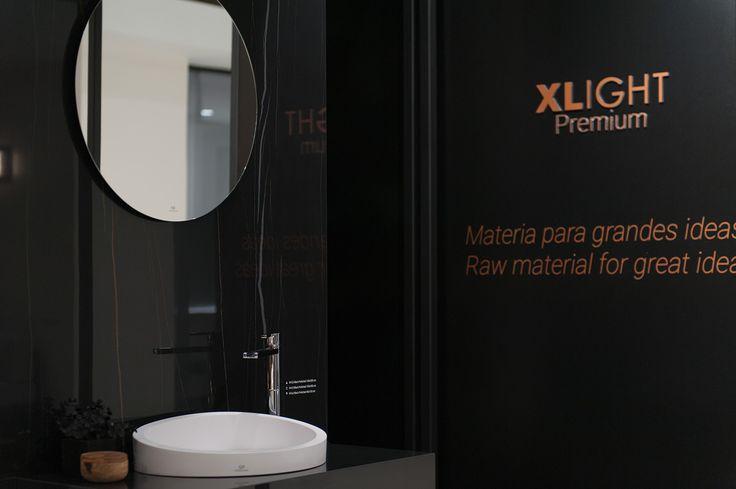 Infinitas posibilidades del porcelánico de gran formato XLIGHT de URBATEK en la XXIV Muestra Internacional de #Arquitectura Global & #Diseño Interior de #PORCELANOSA Grupo. - #PorcelanosaExhibition #Design #Interiorism #Architecture #Interiorismo #Tiles #porcelain #porcelánico #Crafts #Ceramic #Wall #Decor #Bathroom #Baño #Marble #Marmol #Countertop #Worktop #Minimal  #Luxury #Black #Dark #Krion