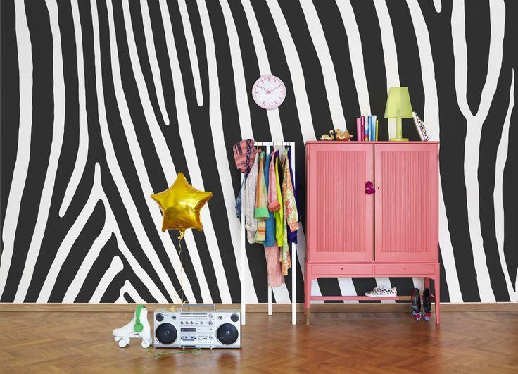 Byt färgen till din favorit. Kontakta Mr Perswall så gör vi en tapet i dina färger.