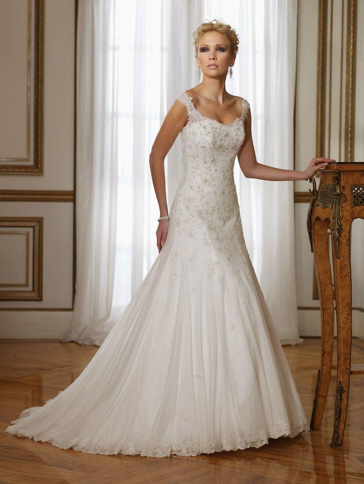 Modernos y sencillos vestidos de novia para el 2014