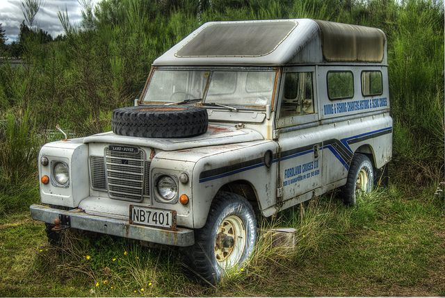 150 best images about rare land rover on pinterest for Land rover garage