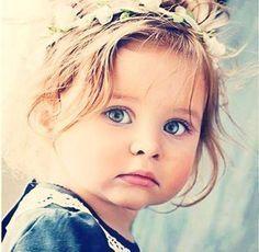 Ratschläge eines Kindes zu seiner Erziehung Verwöhne mich nicht. Ich weiß wohl, dass ich nicht alles bekommen kann, wonach ich frage. Ich will dich manchmal nur auf die Probe stellen. Kritisiere mi...