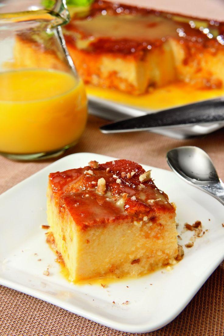 Prepara este fácil y delicioso flan de rompope. Si lo deseas, sirve con más rompope y nueces picadas.