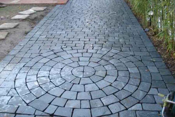 13 best images about caminos de jard n on pinterest for Decoracion de piedras para jardin