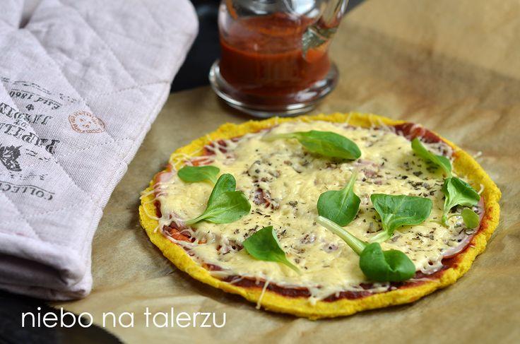 Pizza na jaglanym spodzie, pizza bez glutenu, zdrowsza wersja tej z mąki pszenicy, chrupka, łatwa w przygotowaniu, nie tylko dla alergików
