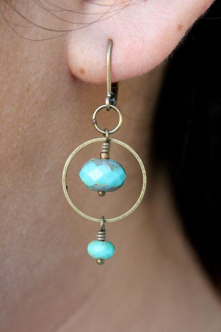 Tons of jewelry designs (earrings, bracelets, neck…
