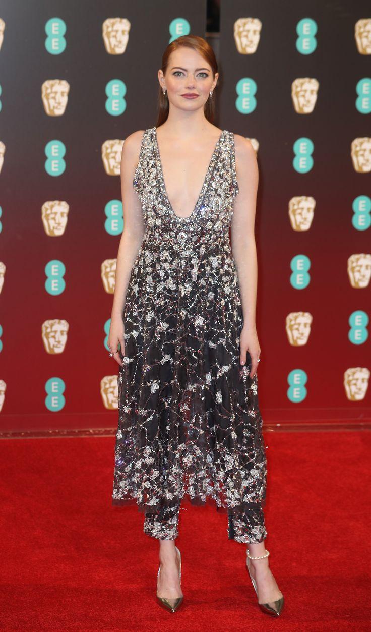 En los Bafta 2017 - Todos los looks de Emma Stone en las alfombras rojas de esta temporada