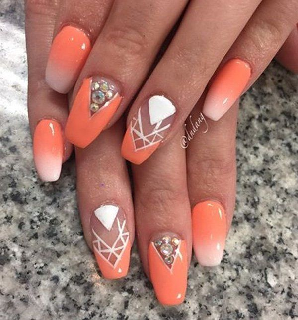 Create these ombre peach and orange nails and background. It would be so much better with chevron pattern on an unpainted spot and add some white patterns or even faux diamonds.