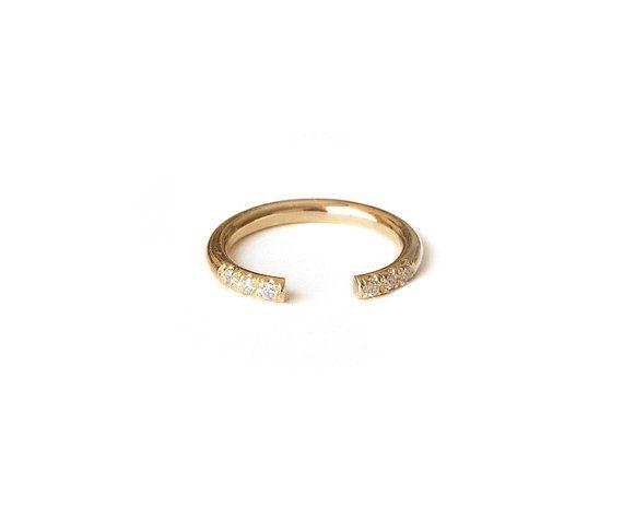 Diamond Knuckle Ring In Pave Set Gold Filled por LoveNaomiStudio