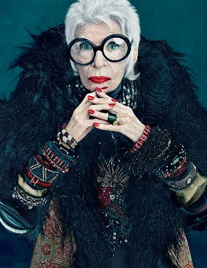 90 year old style icon Iris Apfel  Loved her in Bill Cunningham's New York + MAC ad campaign.