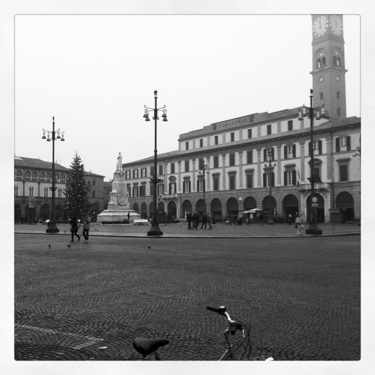 Forlì, Piazza Aurelio Saffi