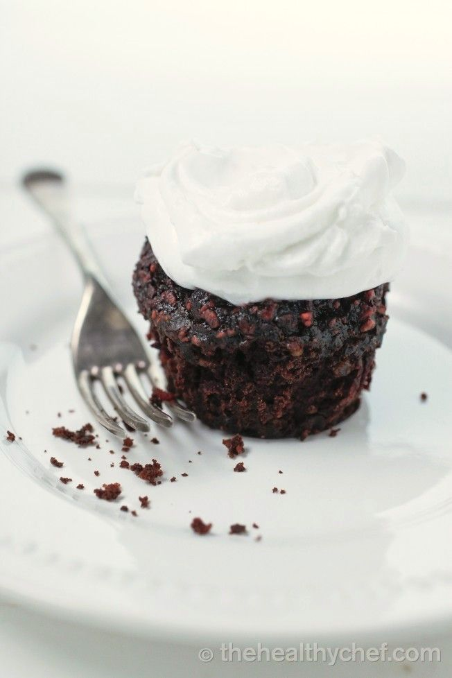 Red Velvet Cupcakes : The Healthy Chef – Teresa Cutter