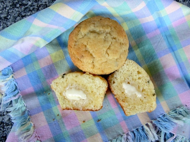 Honey Thyme Cornbread Muffins for #MuffinMonday | From the kitchen ...