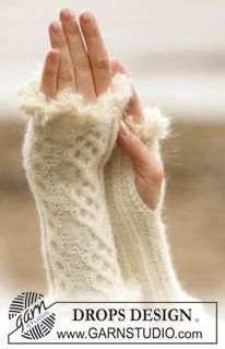sweetest ever. have done those and look as good irl. A sure site for all knitting addicts.