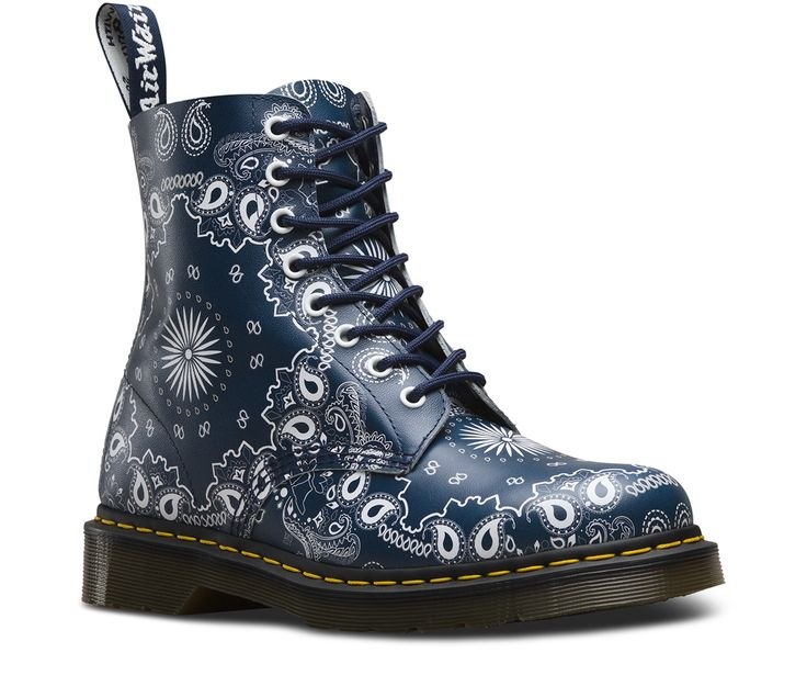 MADE IN MUSIC: This iteration of the classic Pascal 8-eye boot is a nod to the rich, storied history of the paisley bandana - and its role in the modern music scene. The unisex boot features premium Backhand leather in the classic 8-eye silhouette - and features the classic Doc DNA, including grooved sides, yellow stitching and the iconic air-cushioned sole.