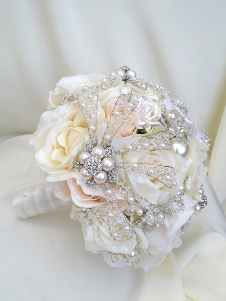 Florence bridal posy - £300 - unless you buy from Decoflora!