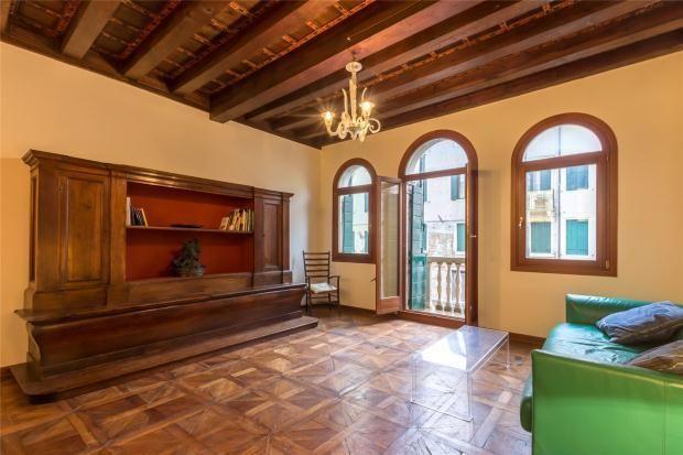 Venetian Living Room In Bijou Apartment Antique Parquet Flooring Beamed Ceiling With Decorated Cassettoni