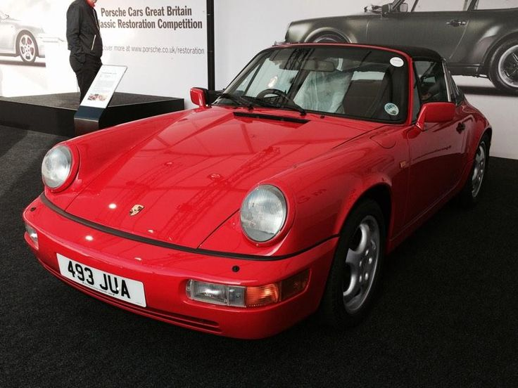 The modern day Porsche 911 is often praised as a picture of excellence; its rich bloodline and evolution clear for all to see. In this week's #MondayMusing, the Sytner Stig has been revisiting the glory days of Porsche's 911, spending some time with Porsche Centre Leicester's award winning restoration. Click to Read More!