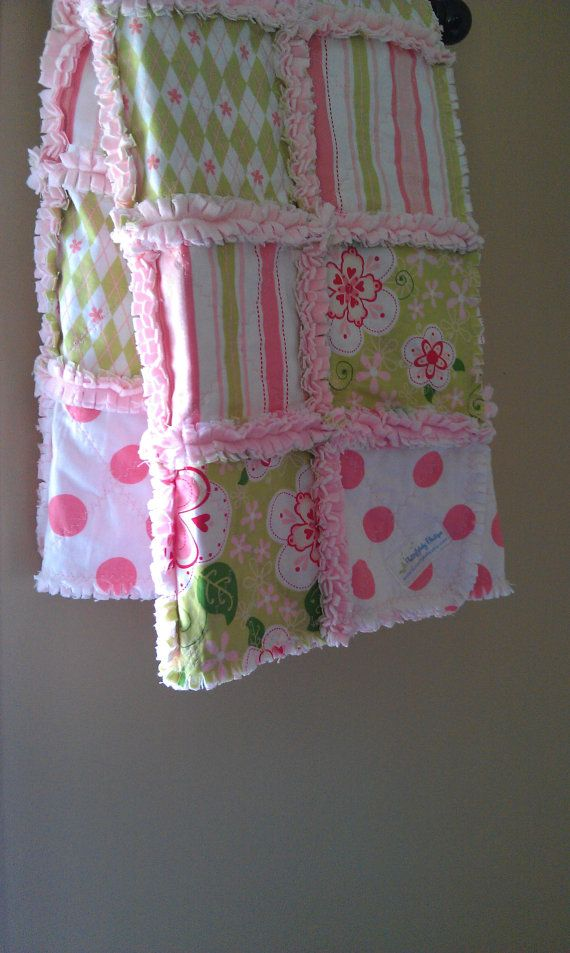 I've made a few rag quilts...love doing it. Really love the fabric in this one.
