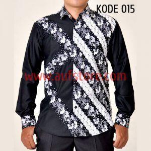 Batik printing yang satu ini kami beri kode produk Baju Batik Kombinasi Kode 015. Batik kode 015 ini terbuat dari bahan katun. Dikombinasikan dengan bahan katun sehingga terlihat lebih elegan. Dibuat dengan jahitan yang rapih dan nyaman saat dipakai.
