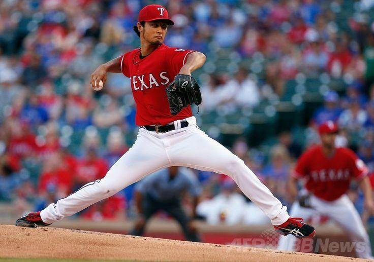 米大リーグ(MLB)、テキサス・レンジャーズ(Texas Rangers)対マイアミ・マーリンズ(Miami Marlins)。先発登板するテキサス・レンジャーズのダルビッシュ有(Yu Darvish、2014年6月11日撮影)。(c)AFP/Getty Images/Tom Pennington ▼12Jun2014AFP|ダルビッシュがメジャー初完投初完封、チームの連敗止める http://www.afpbb.com/articles/-/3017515 #Yu_Darvish #Texas_Rangers