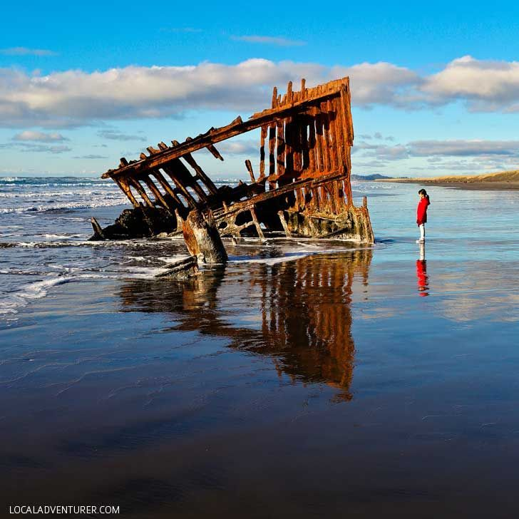 Peter Iredale Shipwreck in Fort Stevens State Park (13 Unique Things to Do in Astoria Oregon) // http://localadventurer.com