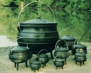 Cast Iron Cauldron Size 2 Potjie Pot INCLUDES SHIPPING FREE PHOTON$