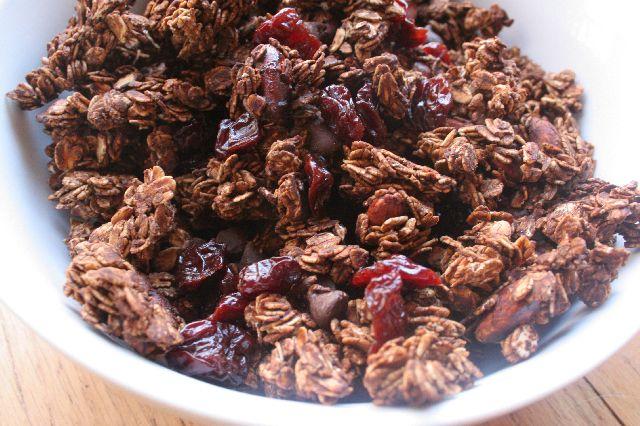 Cherry Chocolate Granola | My Food - Snacky-Snacks and Cookies | Pint ...