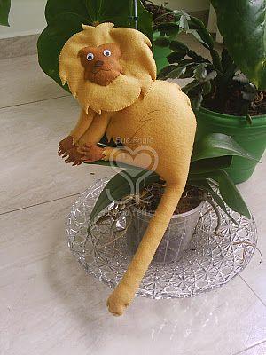 SueLinhas: Bichinhos da fauna brasileira em feltro: bicho preguiça, mico-leão-dourado,arara-azul, cobra, peixe-boi, boto rosa, peixe:dourado