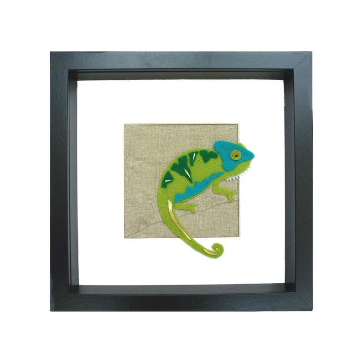 Fresh and vivid felt chameleon wall art. This is sure to make a statement, displaying dazzling colours and contrasting wool felt fabrics to illuminate your room. They work well as individual pieces, but also look fantastic in groups to intensify their characteristics.