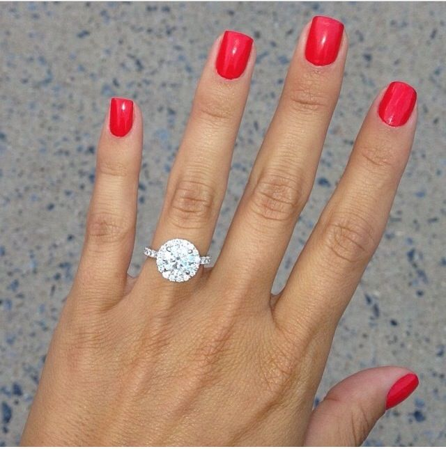 One day i would really like to have a ring made that looks exactly like mine, or at least very similar.