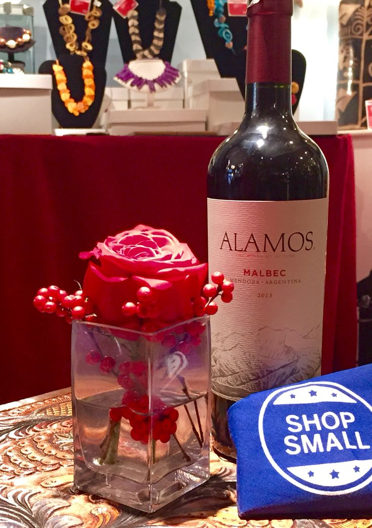 Enjoy Live music and complimentary Malbec until 8pm during our Small Business Saturday event!