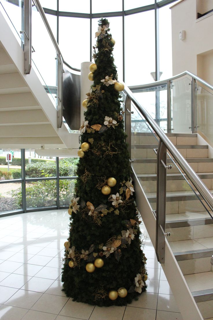 we supply and hire corporate office and commercial christmas decorations and provide decorated christmas trees rental - Christmas Tree Rental