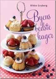 Denne bog indeholder skønne kager for enhver smag og til enhver lejlighed og årstid. Fra cookies og cupcakes over kringler, kransekager og gode skærekager til søde frugttærter, lagkager, dessertkager og en bryllupskage