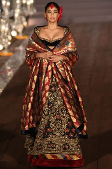 Rohit Bal | Vogue India | Fashion | Fashion Shows