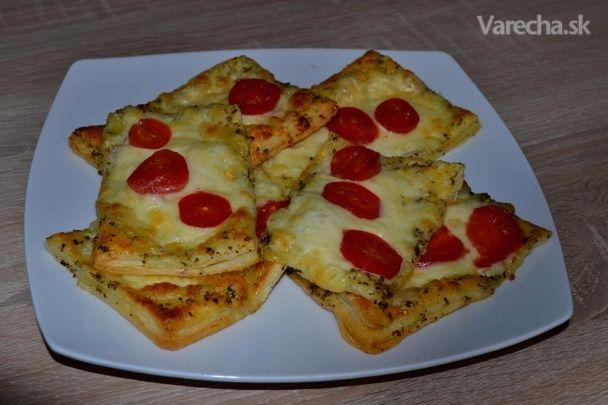 Lístkové cesto s paradajkami a mozzarellou (fotorecept)