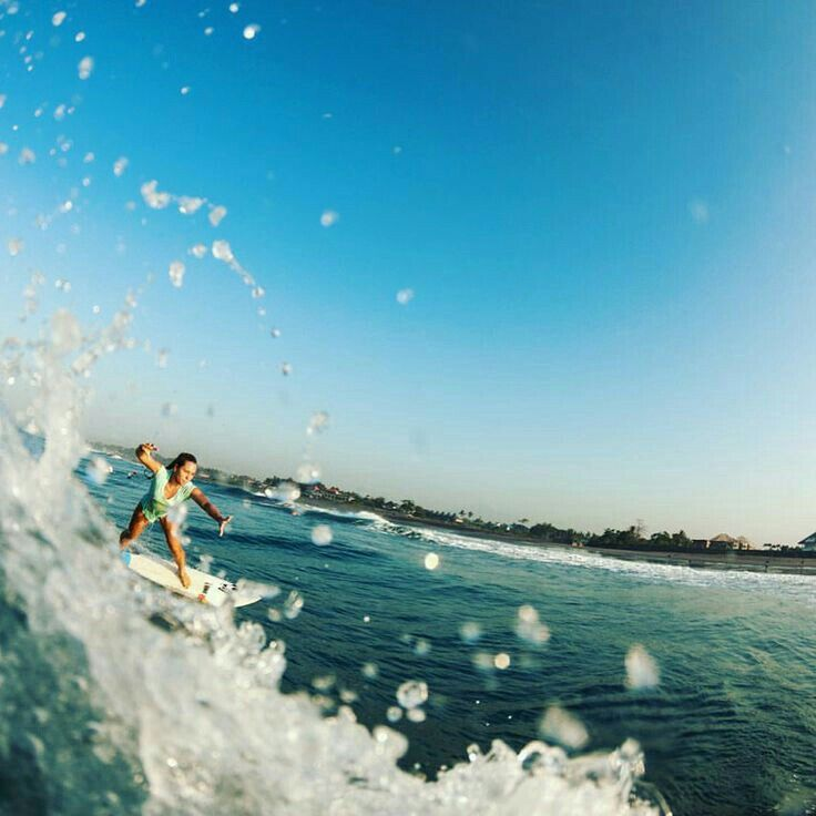 That freedom feeling #surfing #bali