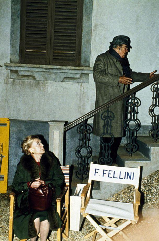 Federico Fellini and his wife Giulietta Masina on set
