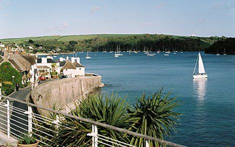 Hotel Tresanton, St Mawes, Cornwall-- just added this place to my list of must travels!