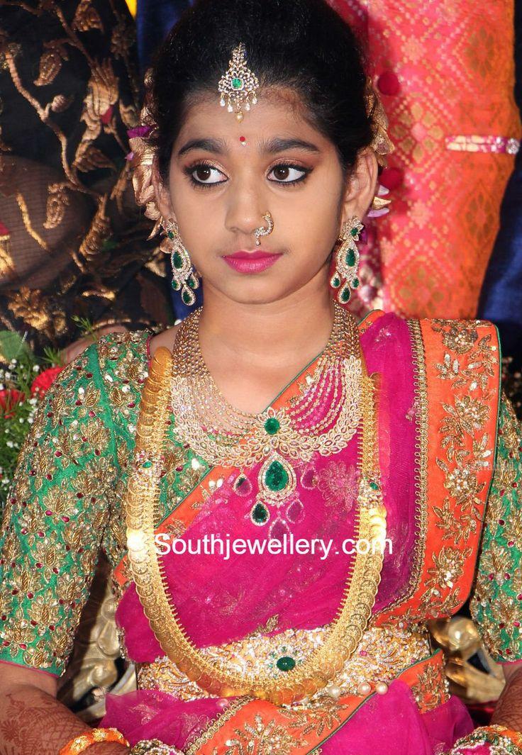 Shriyas Half Saree Function Jewellery! photo
