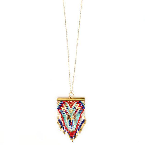 Ce magnifique sautoir BIRDY COLORS est un collier en plaqué or composé d'une multitude de perles multicolores. Il sublimera vos tenues pour un look ethnique chic.   Longueur de - 19193616